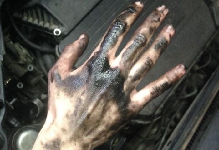 можно ли или как защитить руки при сборе и чистке маслят фото