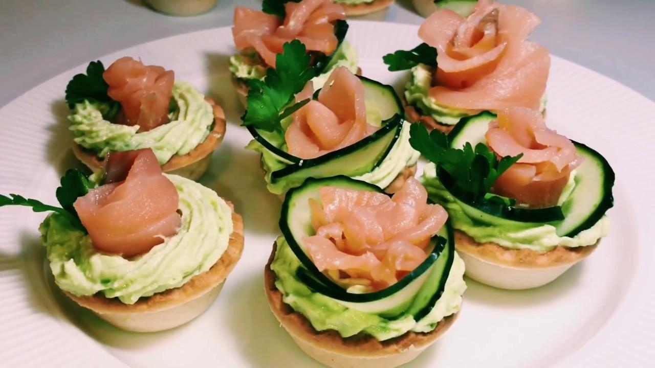 рецепт №10 - тартинки с авокадо и копченым лососем фото