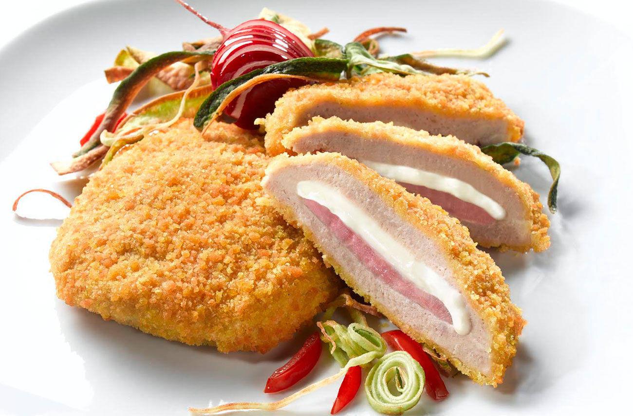 куриные рулетики в духовке «Кордон Блю» фото