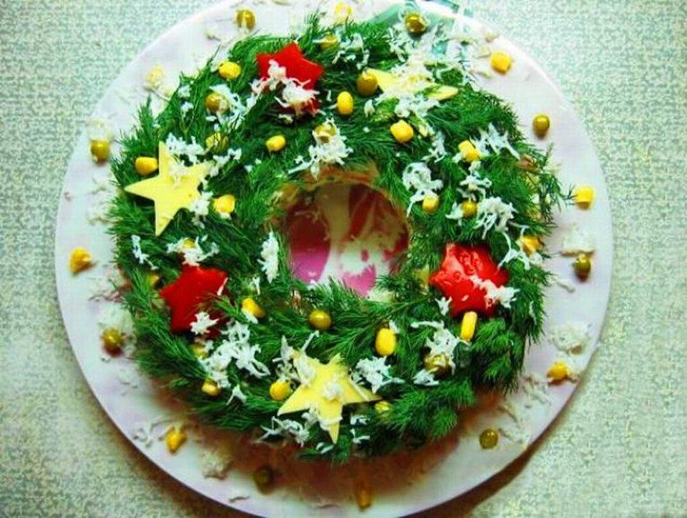 идеи подачи простых, легких и бюджетных салатов на фото 4