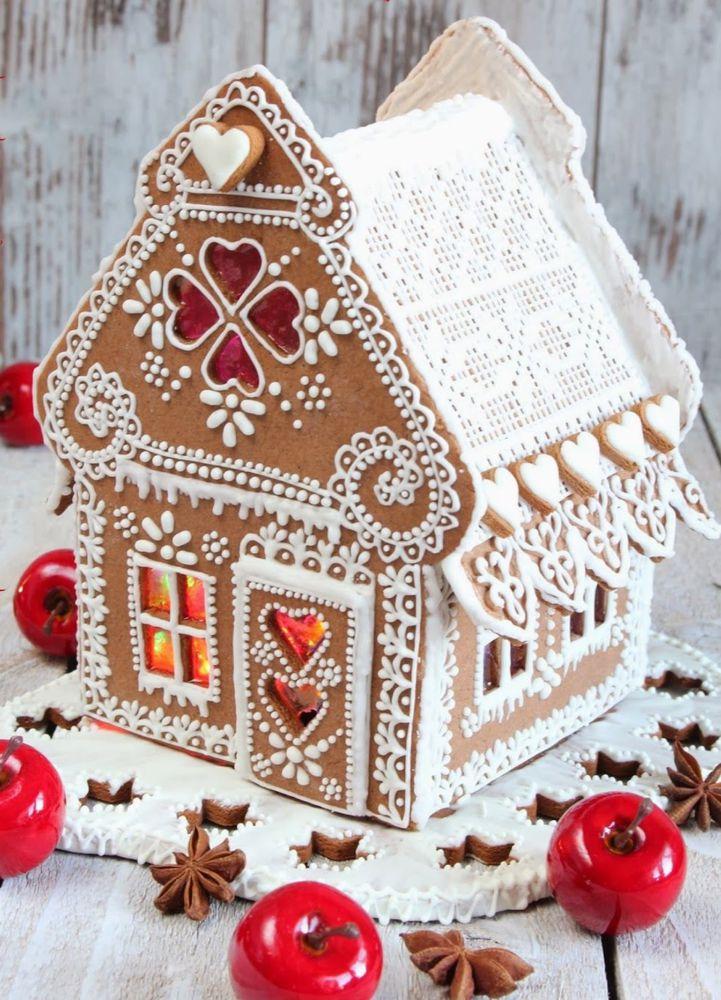 идеи оформления пряничного домика на Новый год и Рождество 2021 фото 6