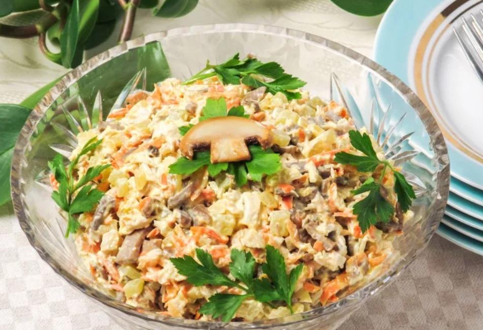 пятый рецепт Обжорки на основе фасоли, жареных или маринованных грибов фото