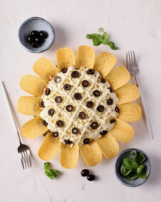 традиционный рецепт салата Подсолнух фото