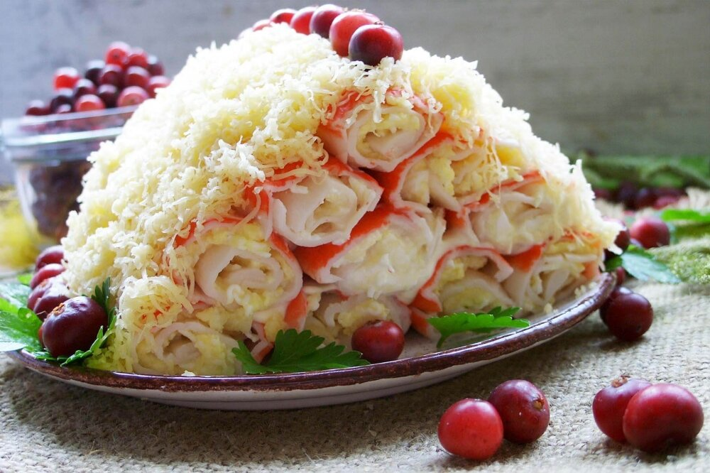 восьмой салат - «Монастырская изба» фото
