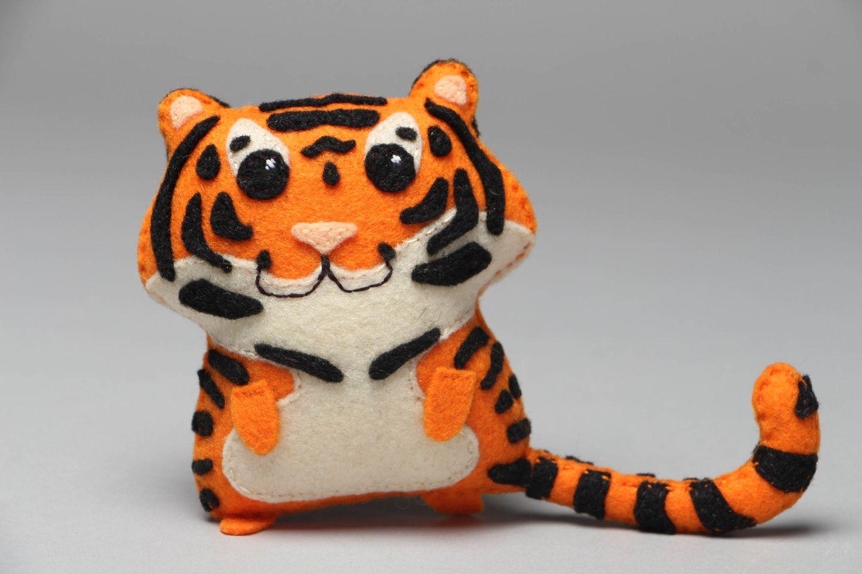 мастер-класс №7 - тигрёнок из фетра, выкройка на фото 5