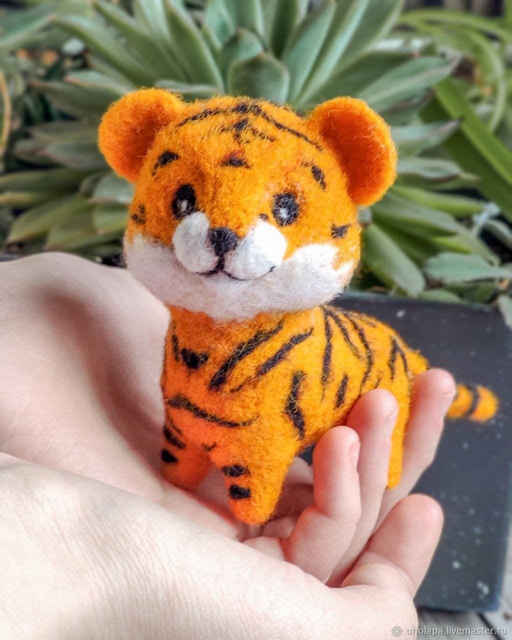тигруша из войлока или валяной шерсти фото 4